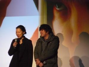 Lee Yong-ju, réalisateur de possessed et sa traductrice